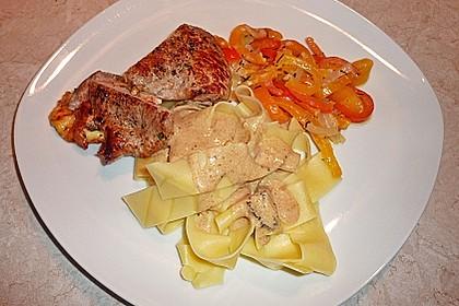 Gefüllte Schnitzel vom Schwein mit Rahmsauce 4