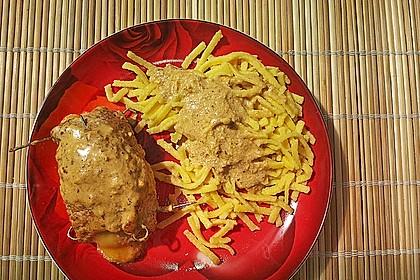 Gefüllte Schnitzel vom Schwein mit Rahmsauce 7