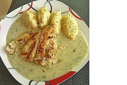 Gemüsenockerl mit Kräutersauce 12
