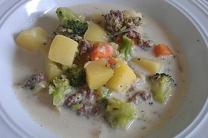 Claudis Kartoffel - Gemüse - Käsesuppe 1
