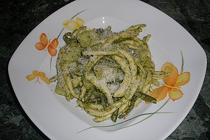 Pasta alla genovese 1
