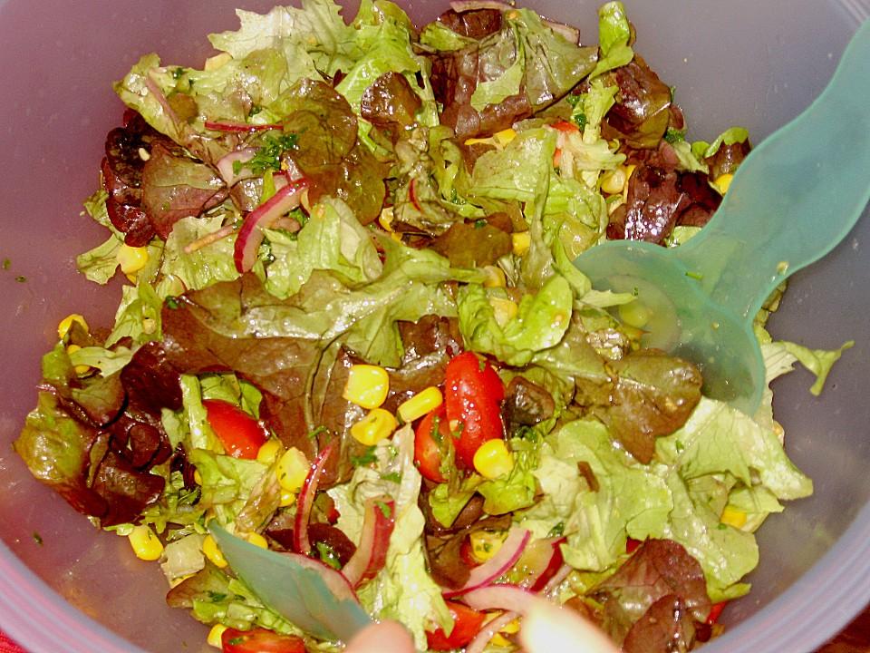 frischer salat la miss emily erdbeer rezept mit bild. Black Bedroom Furniture Sets. Home Design Ideas