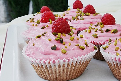 Himbeer Cupcakes 10