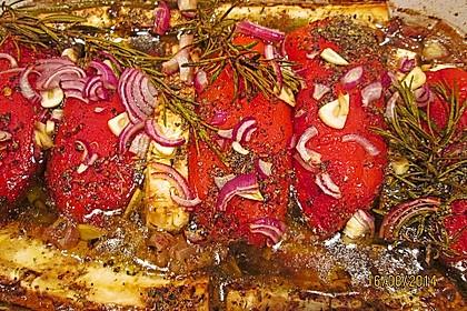 Rote Paprikaschoten mit Schafskäse 1