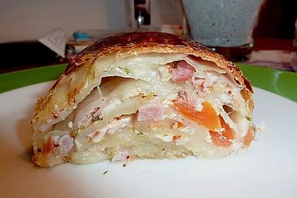 Schinken - Tomaten - Mozzarella - Strudel 12