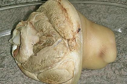 Knusprig gebratene Schweinshaxen 68