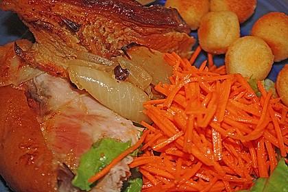 Knusprig gebratene Schweinshaxen 44