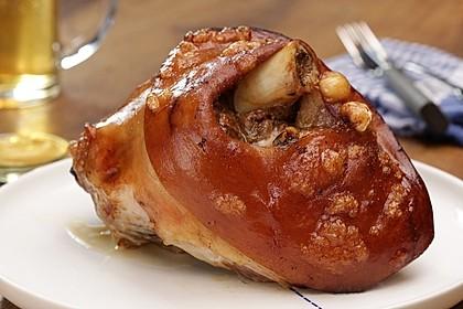 Knusprig gebratene Schweinshaxen 2