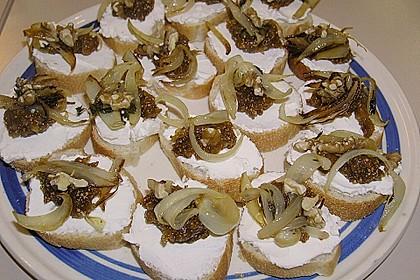 Crostini mit Ziegenfrischkäse, Zwiebeln und Feigenkonfitüre 9