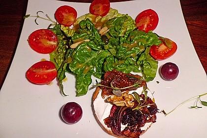 Crostini mit Ziegenfrischkäse, Zwiebeln und Feigenkonfitüre 8
