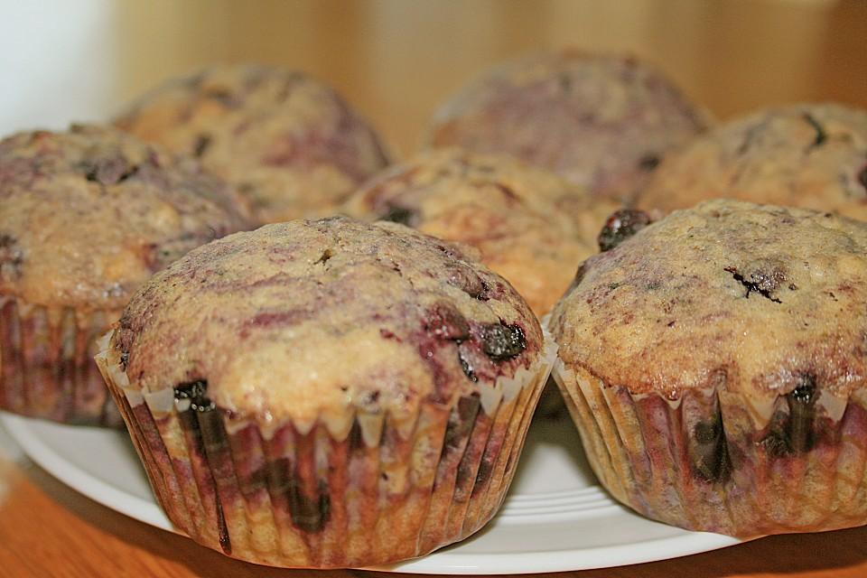 heidelbeer muffins rezept mit bild von k chenchefin. Black Bedroom Furniture Sets. Home Design Ideas