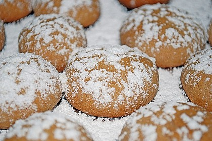 Gebackene Marzipankartoffeln 24