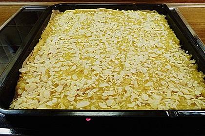Butterkuchen mit Marzipan 10