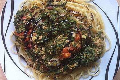 Nudeln mit Spinat - Thunfisch - Sauce 5