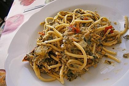 Nudeln mit Spinat - Thunfisch - Sauce 2