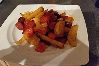 Ofenkartoffeln mit Zwiebeln, Chorizo und Sauerrahm - Paprika - Dip 9