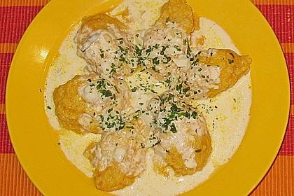 Grießnocken mit Gorgonzola - Sauce