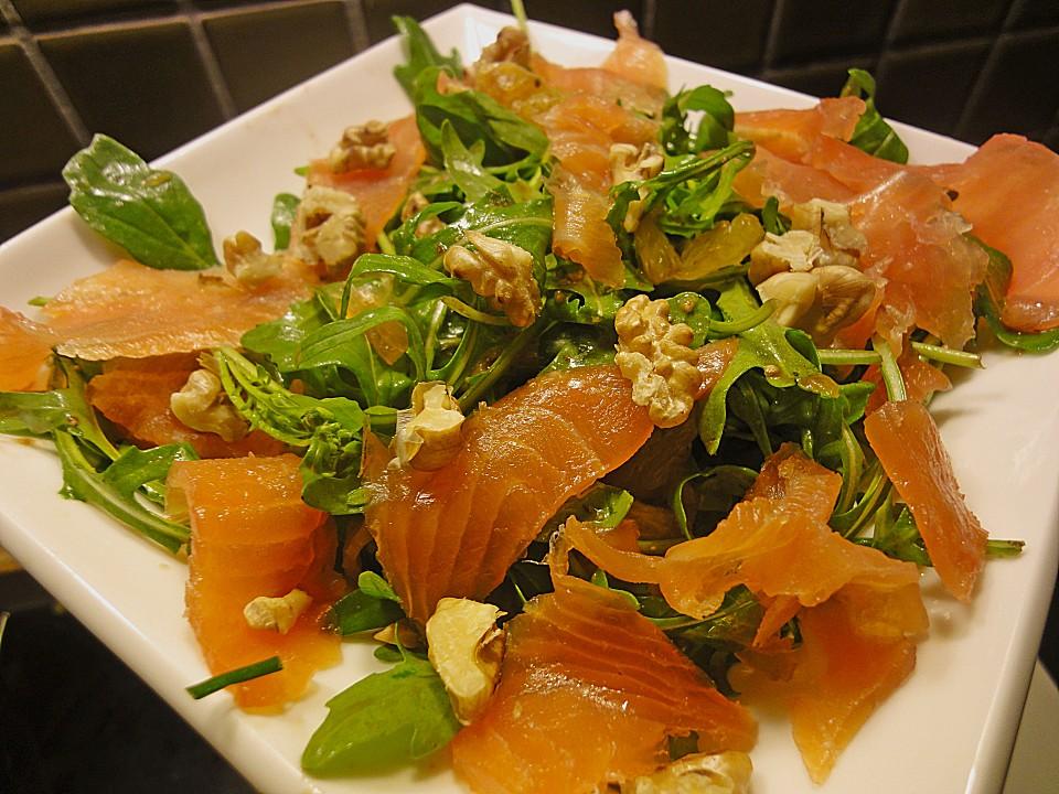 Vorspeise salat mit lachs