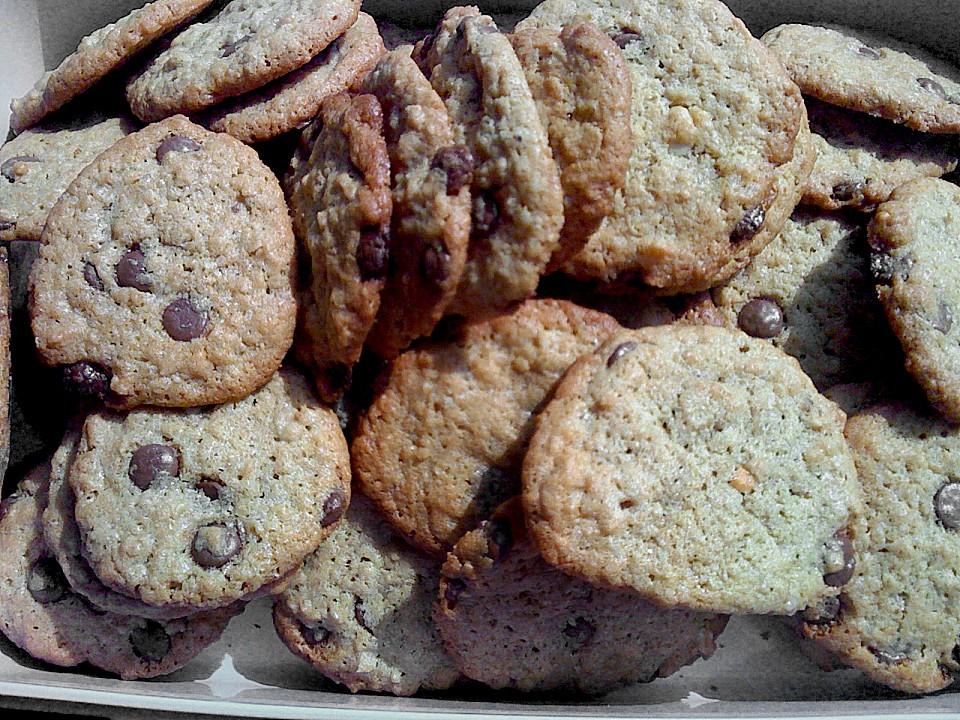 urmelis haferflocken erdnussbutter schoko cookies rezept mit bild. Black Bedroom Furniture Sets. Home Design Ideas
