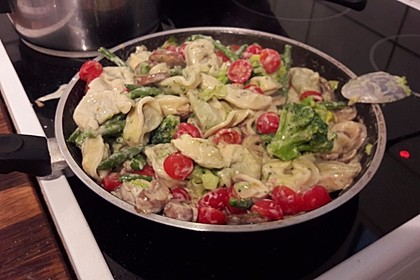 Vegetarische Tortellini - Pfanne 28