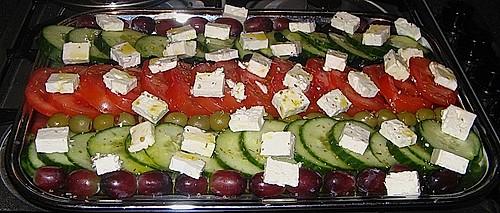 griechischer tomaten gurken salat rezept mit bild. Black Bedroom Furniture Sets. Home Design Ideas