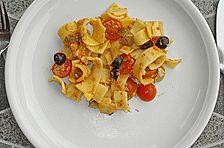 Mediterraner Nudelsalat mit Thunfisch