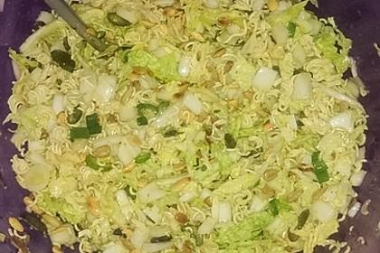 Chinesischer Nudelsalat mit Chinakohl und Lauch 2