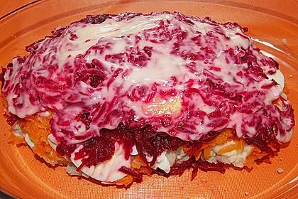 Russischer Schichtsalat 'Hering im Pelzmantel' 22