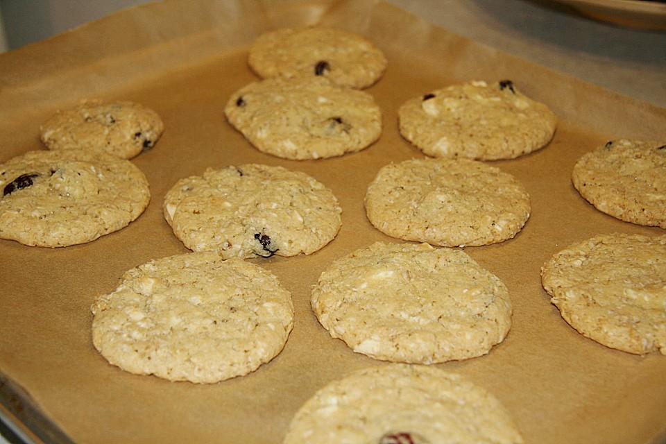 urmelis wei e schokolade cranberry haferflocken cookies rezept mit bild. Black Bedroom Furniture Sets. Home Design Ideas