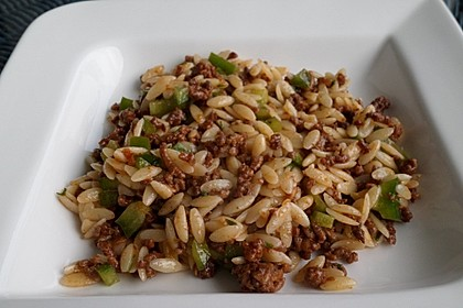 Kritharaki - Salat mit Hackfleisch 21