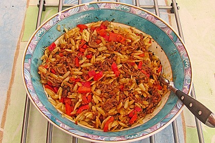 Kritharaki-Salat mit Hackfleisch 32