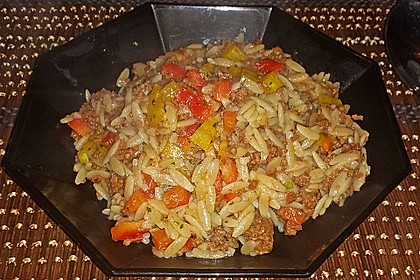 Kritharaki - Salat mit Hackfleisch 30
