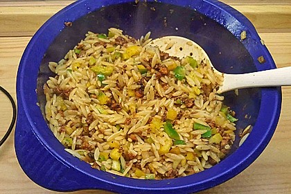 Kritharaki-Salat mit Hackfleisch 61