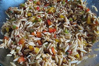 Kritharaki - Salat mit Hackfleisch 17