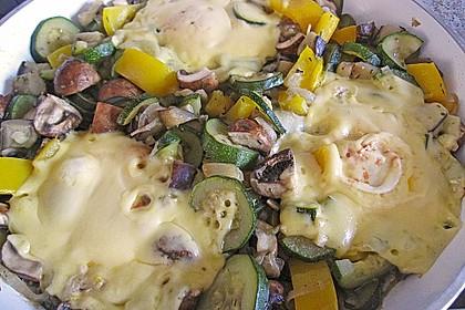 Gemüsepfanne mit Eiern und Käse 11