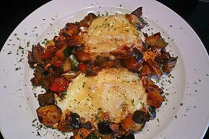 Gemüsepfanne mit Eiern und Käse 25