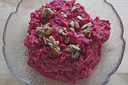 Rote Bete Salat mit Apfel und Walnuss 11