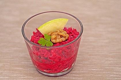 Rote Bete Salat mit Apfel und Walnuss 4