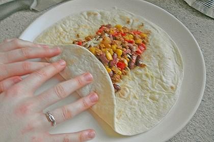 Burrito mit Hackfleisch und Gemüse 11