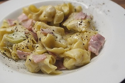 Schinken - Käse - Sahne - Soße (Bild)