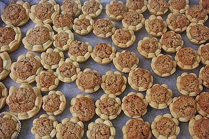 Blumen - Kekse mit Haselnussfülle 7