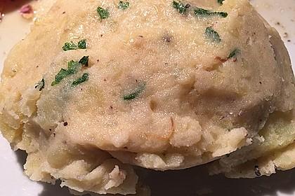 Kartoffelpüree mit Knoblauch und Kräutern 9