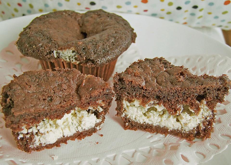 double chocolate muffins mit frischk se f llung von luisel. Black Bedroom Furniture Sets. Home Design Ideas