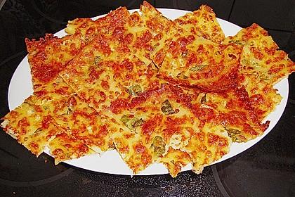 Albertos dünnes Pizzabrot 56