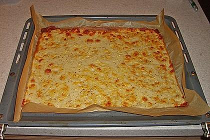 Albertos dünnes Pizzabrot 21