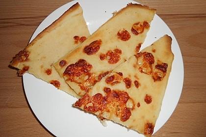 Albertos dünnes Pizzabrot 108
