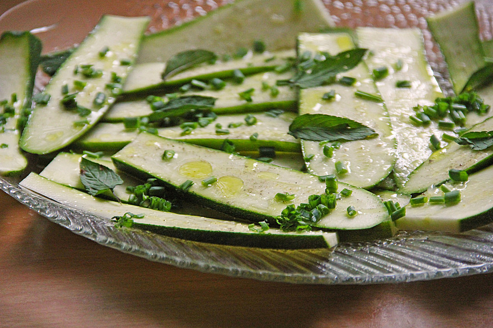 Zucchini Carpaccio (Rezept mit Bild) von hexxana   Chefkoch.de