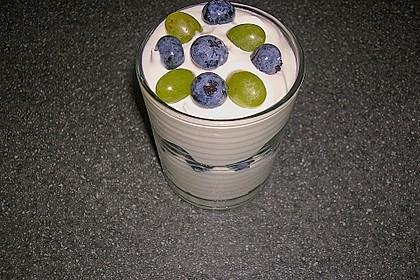 Quark mit frischen Beeren 4
