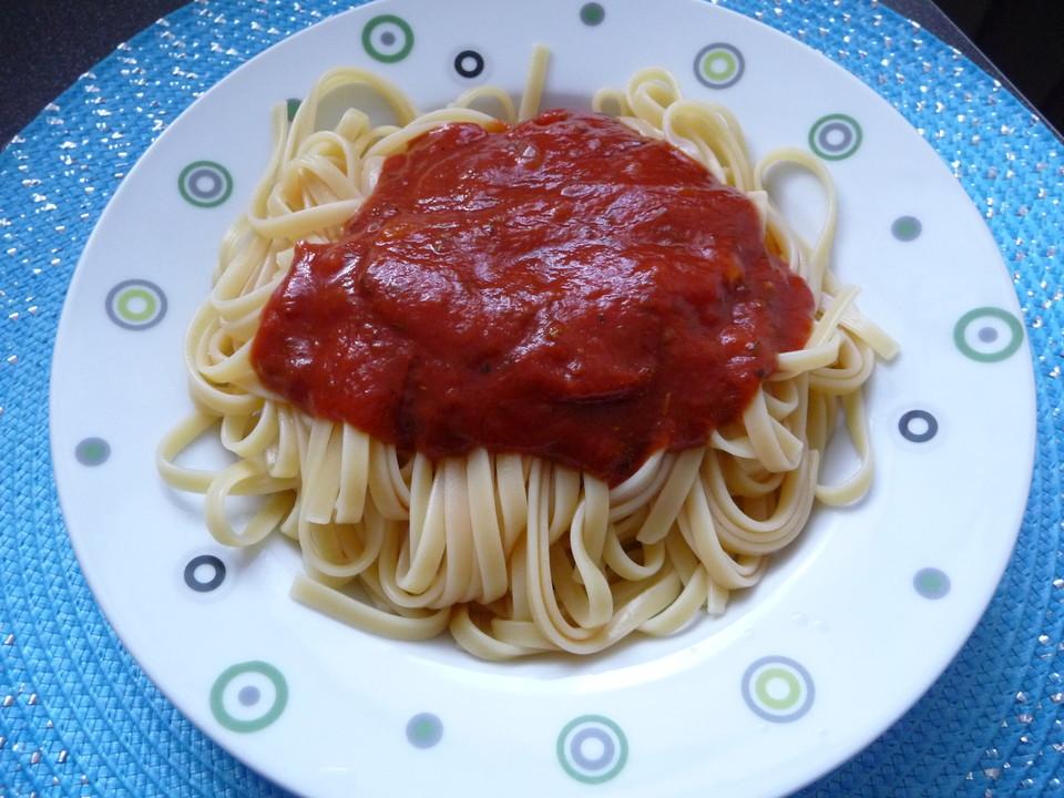 spaghetti mit tomatenso e rezept mit bild von obst93. Black Bedroom Furniture Sets. Home Design Ideas