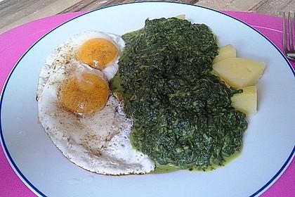Spinat, Spiegelei und Salzkartoffeln 4